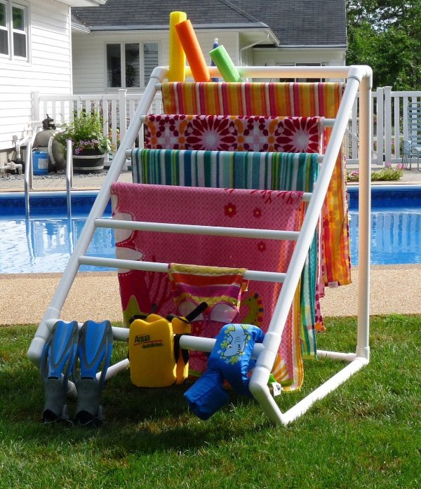 30-Creative-Uses-of-PVC-Pipes-in-Your-Home-and-Garden-7
