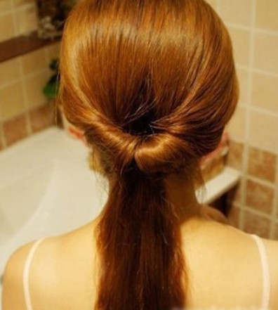 How-to-DIY-Easy-Twisted-Hair-Bun-Hairstyle-3