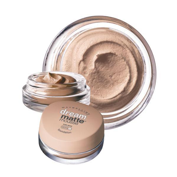 MAybellien-Dream-Matte-Mousse-FOundation2