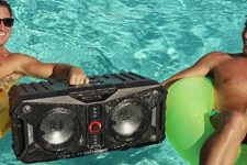 win-xpedition-waterproof-bluetooth-speaker