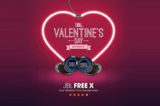 valentines-giveaway-win-pairs-earphones