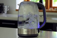win-breville-crystal-clear-kettle