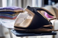 win-philips-perfectcare-steam-generator-iron