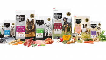 FREE Black Hawk Dog/Cat food Samples
